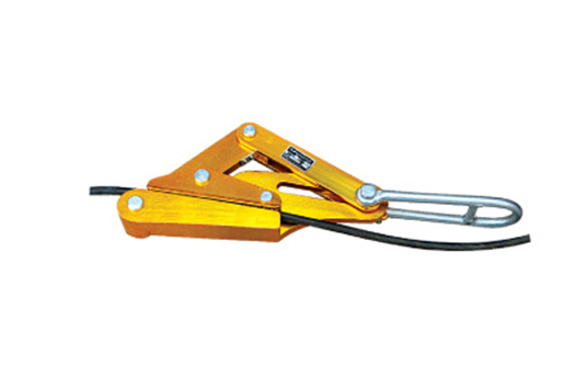 Aluminum alloy insulated wire come along clamp